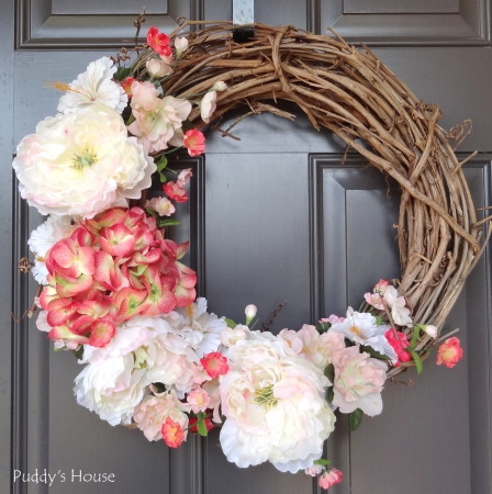 DIY Spring Wreath (via puddyshouse)