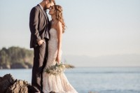romantic-mermaid-wedding-editorial-at-the-moonlit-coast-1