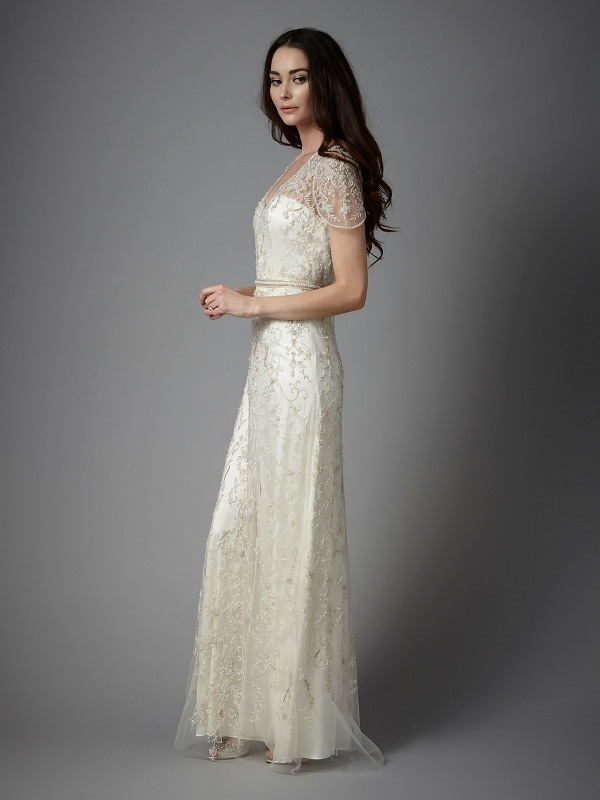 Splendid Catherine Deane Spring 2016 Collection Of Sensuous Bridal Gowns