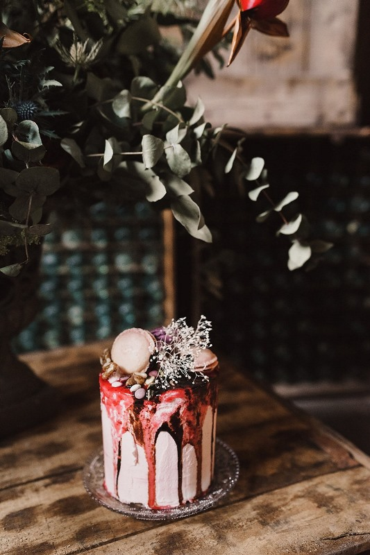 Picture Of stylish industrial and rustic inspired wedding ideas  23