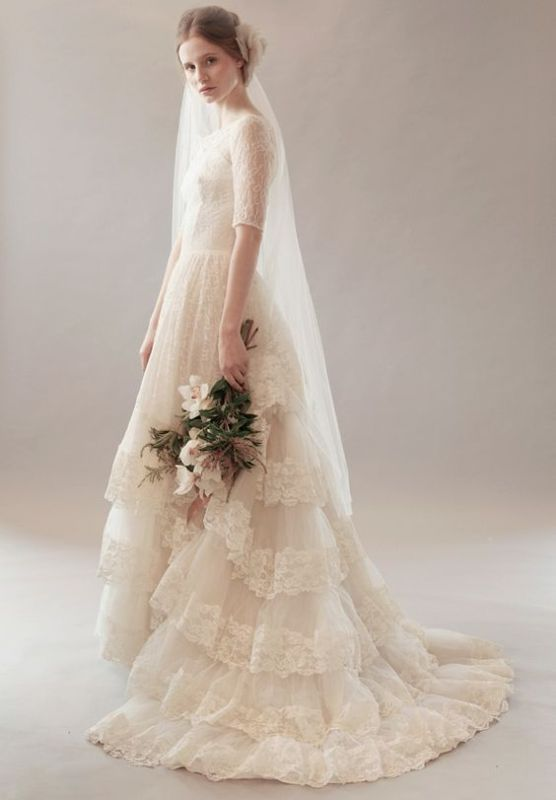 The Hottest 2016 Wedding Trend: 16 Flirty Tiered Gowns For A Bride
