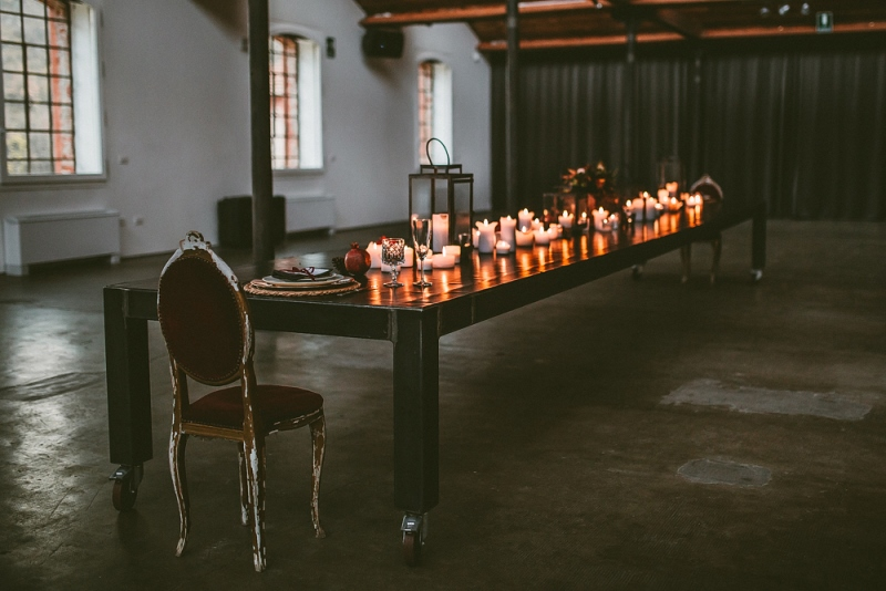 Picture Of unique industrial and vintage inspired fall italian wedding  7