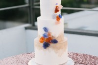 13-glam-and-modern-wedding-cakes-decorated-with-rocks-and-gems-4