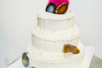 13-glam-and-modern-wedding-cakes-decorated-with-rocks-and-gems-6