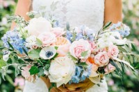 16-charming-serenity-wedding-bouquets-6