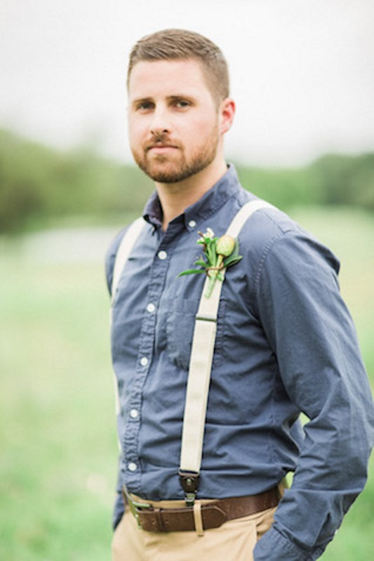 19 Relaxed Yet Stylish Barn Groom Attire Ideas - Weddingomania