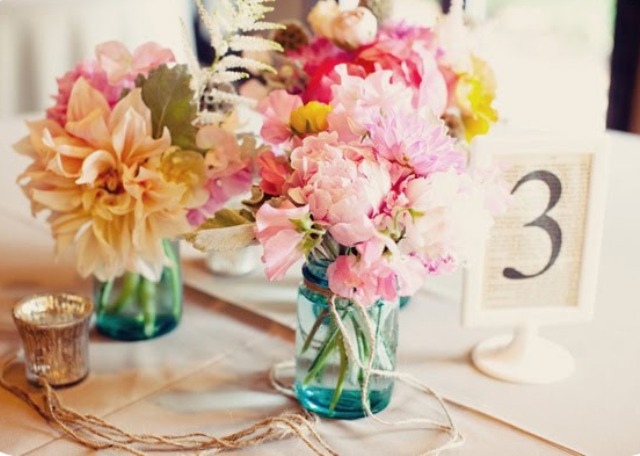 Picture Of Charming Ideas To Incorporate Freesias Into Your Wedding 13