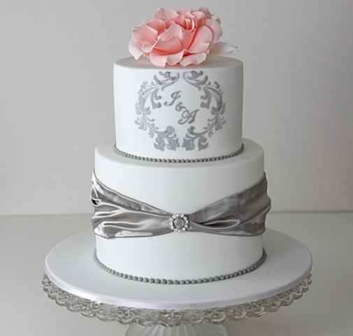 Picture Of Unique Monogrammed Wedding Cakes 11