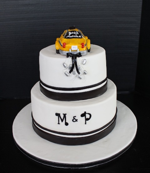 Picture Of Unique Monogrammed Wedding Cakes 18