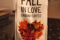 ground coffee with pumpkin spice in packages is a cool idea for a fall coffee-loving wedding