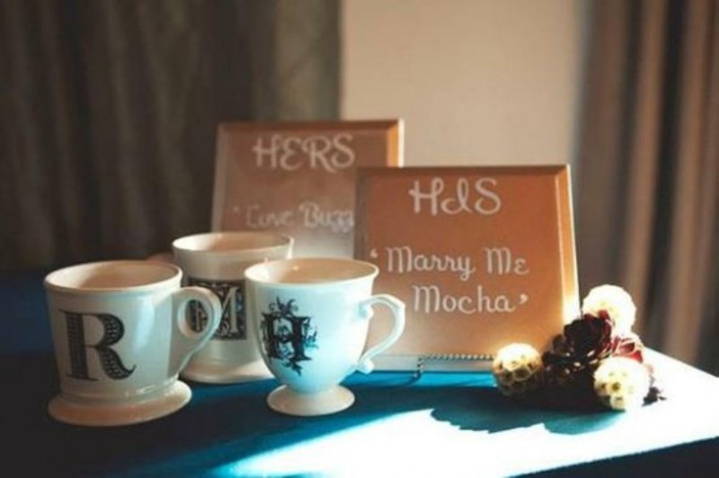 personalized coffee mugs and signs to create a wedding guest favor station easily and in a cute way