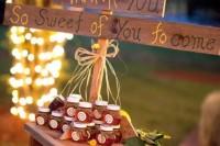 24 Adorable Honey Themed Wedding Ideas 11