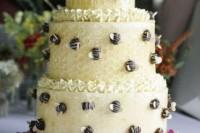 24 Adorable Honey Themed Wedding Ideas 22
