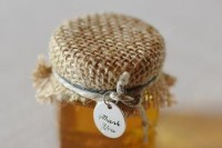 24 Adorable Honey Themed Wedding Ideas 6