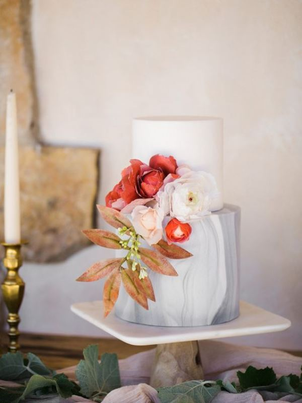 Picture Of chic and luxurious marble wedding cakes  9