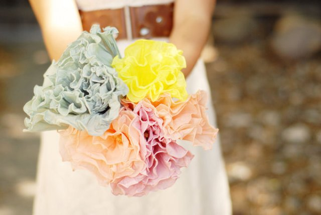 DIY Crepe Paper Flower Bouquet For Your Wedding Decor