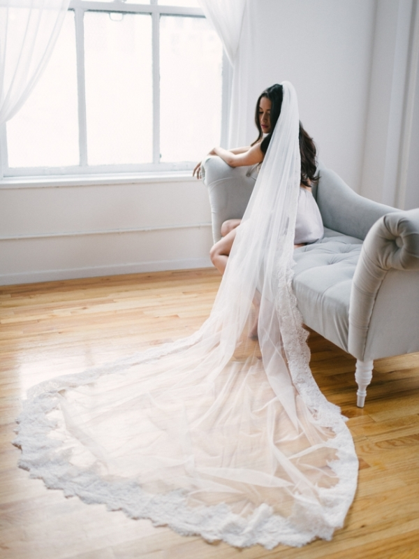 Alluring Vintage-Inspired Bridal Fine Art Boudoir Shoot