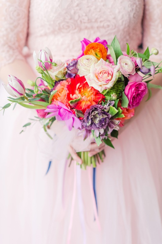Bright Geometric Vow Renewal Shoot