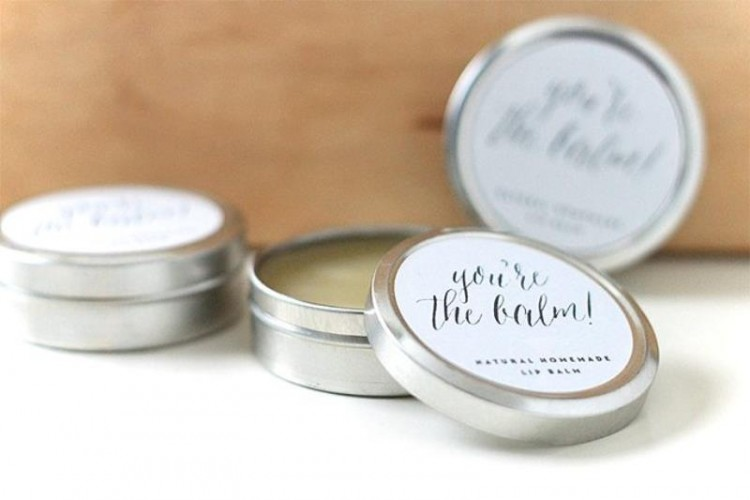 Lovely DIY Natural Lip Balms For Your Bridesmaids-To-Be
