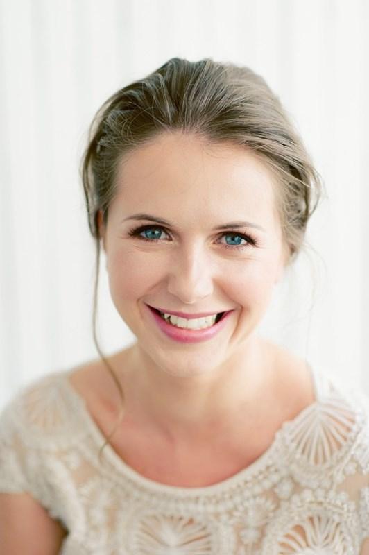 Natural Wedding Makeup Diy : Natural DIY Bridal Makeup To Try - Weddingomania