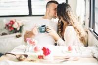 romantic-low-key-camping-honeymoon-inspiration-1