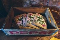 rustic-glam-english-country-barn-wedding-21