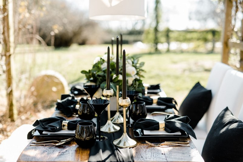 Picture Of Rustic Organic And Modern Black White Wedding 10