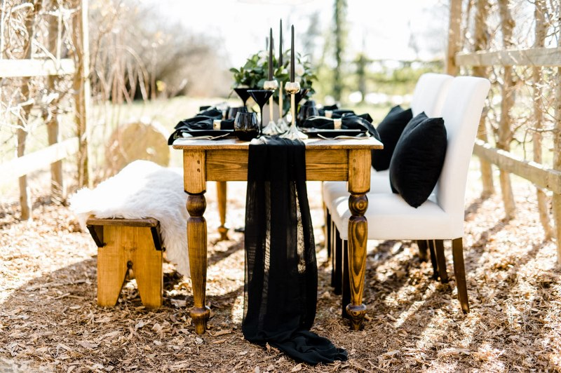 Picture Of Rustic Organic And Modern Black White Wedding 12