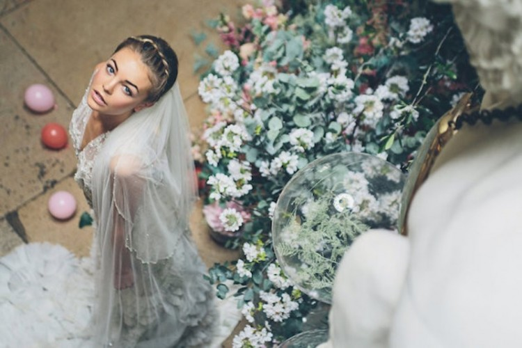 'Sleeping Beauty' Wedding Shoot With An Insanely Pretty Floral Installation