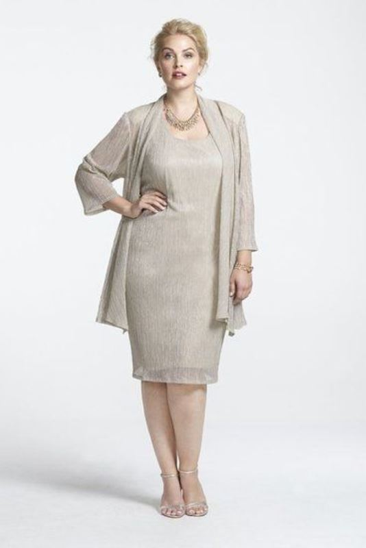 Picture Of Stunning Plus Size Mother Of The Bride Dresses 12