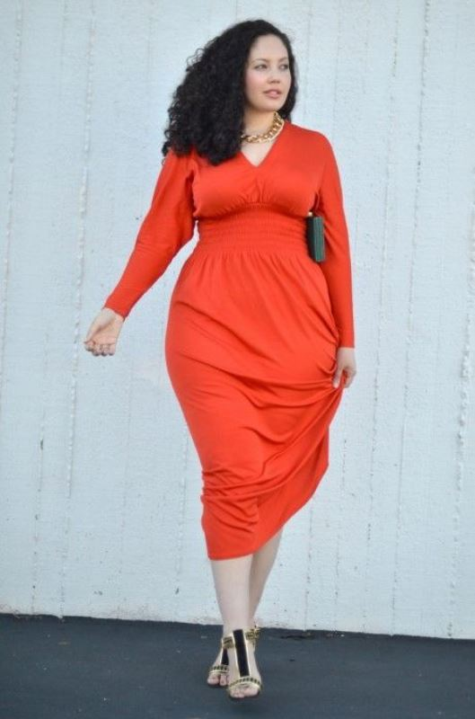 a fitting coral midi dress with long sleeves, embellished shoes and a statement necklace for a statement