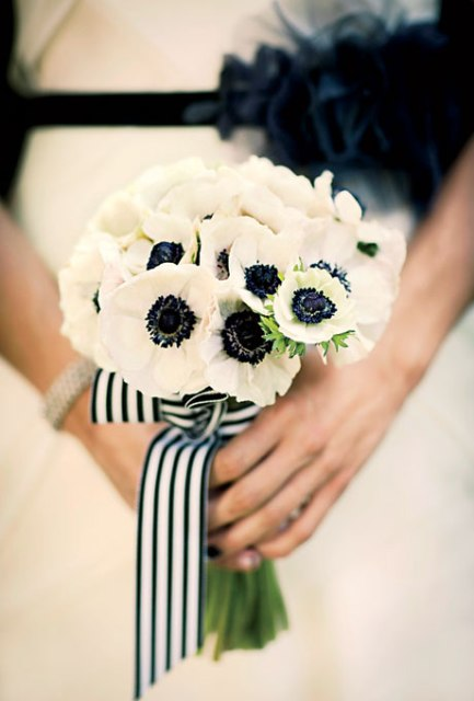 Gorgeous Ideas To Incorporate Anemones Into Your Wedding