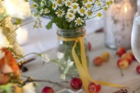 21 Romantic Ideas To Incorporate Chamomile Daisies Into Your Wedding 16