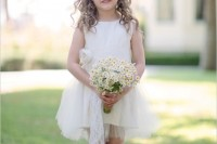 21 Romantic Ideas To Incorporate Chamomile Daisies Into Your Wedding 21