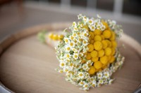 21 Romantic Ideas To Incorporate Chamomile Daisies Into Your Wedding 6
