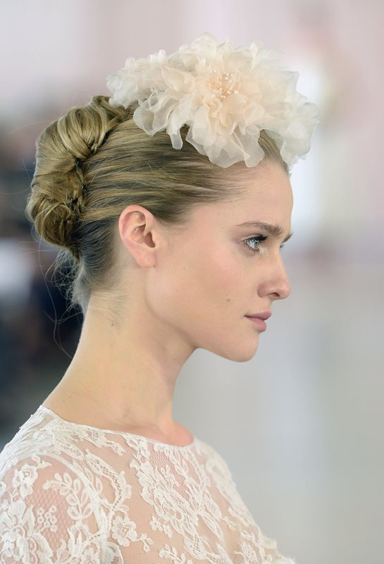 21 Elegant French Twist Updos To Get Inspired Weddingomania