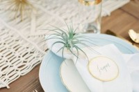 22 Original Ideas To Incorporate Airplants Into Your Wedding 13