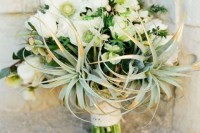 22 Original Ideas To Incorporate Airplants Into Your Wedding 14