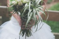 22 Original Ideas To Incorporate Airplants Into Your Wedding 17