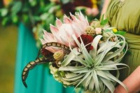 22 Original Ideas To Incorporate Airplants Into Your Wedding 20