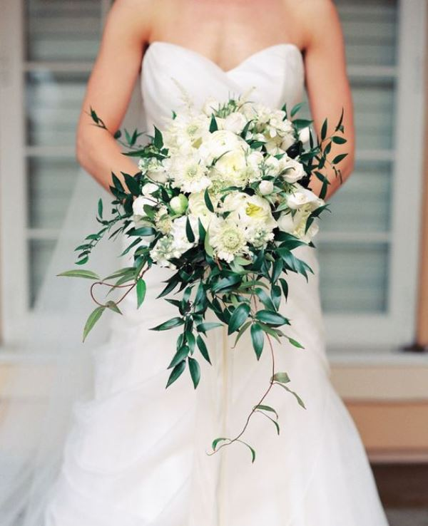 Picture Of Innocently Beautiful White Bridal Bouquets 22