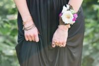 DIY Boho Flower Bracelets For Bridesmaids 4