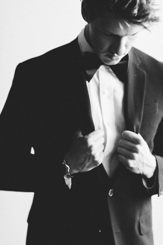 Classic Yet Edgy Black & White Wedding Shoot