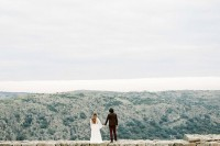 creative-and-romantic-berry-toned-wedding-inspiration-23