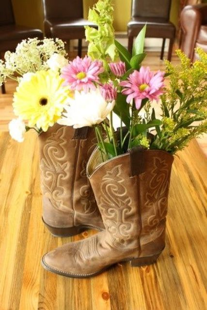 4a51f4cc83d 21 Funny Cowgirl Bridal Shower Ideas To Try - Weddingomania