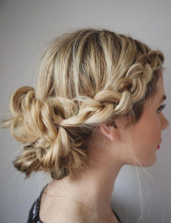 Chic Messy Chignon Wedding Hairstyles