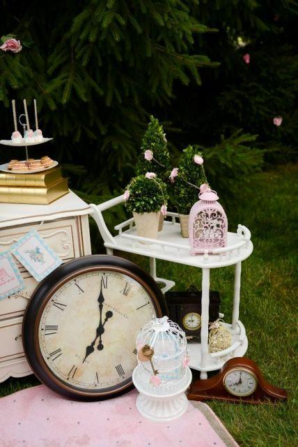 Alice in Wonderland bridal shower decor idea. 22 Fairy Alice In Wonderland Themed Bridal Shower Ideas