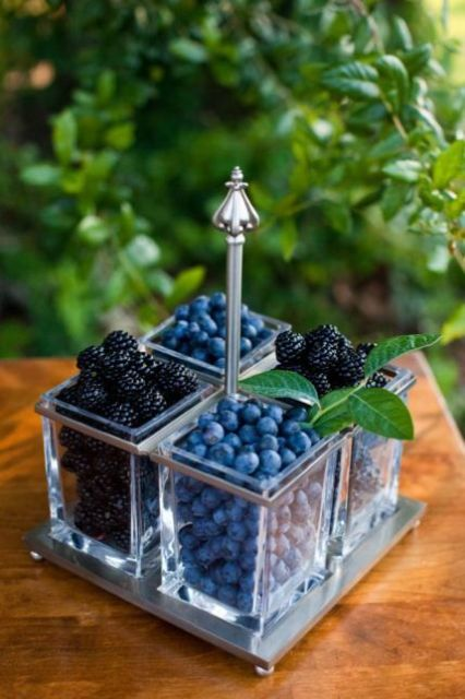 Berry centerpiece for weddings