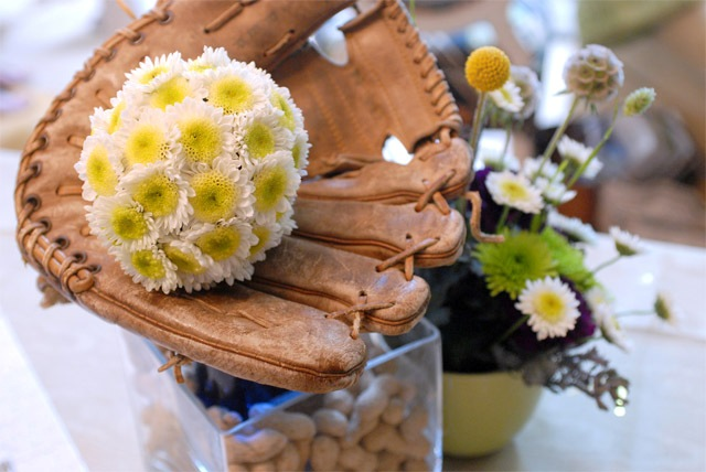 Centerpiece with baseball glove