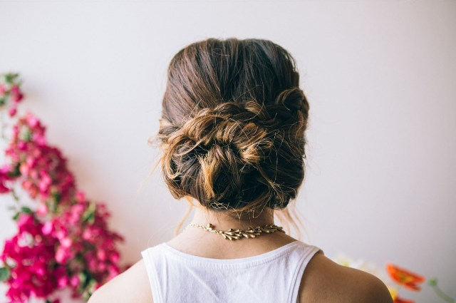 Picture Of Cute DIY Dutch Flower Braid For Brides 3